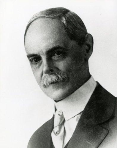 37 William Wilson 1900